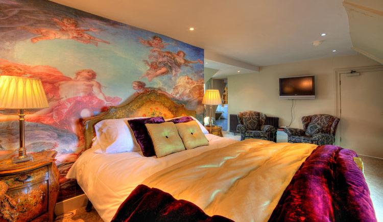 hotel-boudoir-suite-6