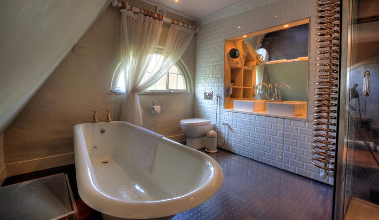 hotel-boudoir-suite-7