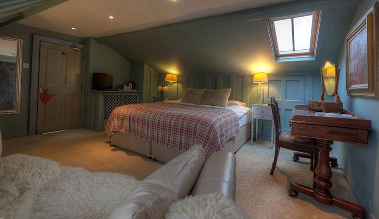 hotel-portico-bedroom-7